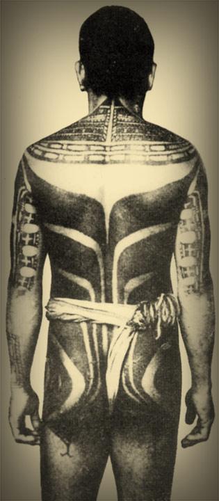 micronesian-tattooed-man