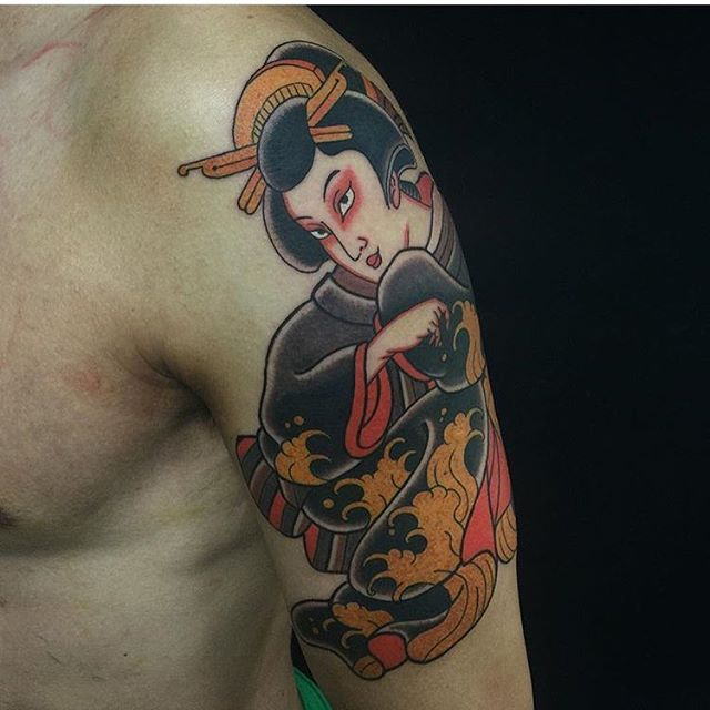 geisha Thomas Pineiro at Black Garden Tattoo in the UK