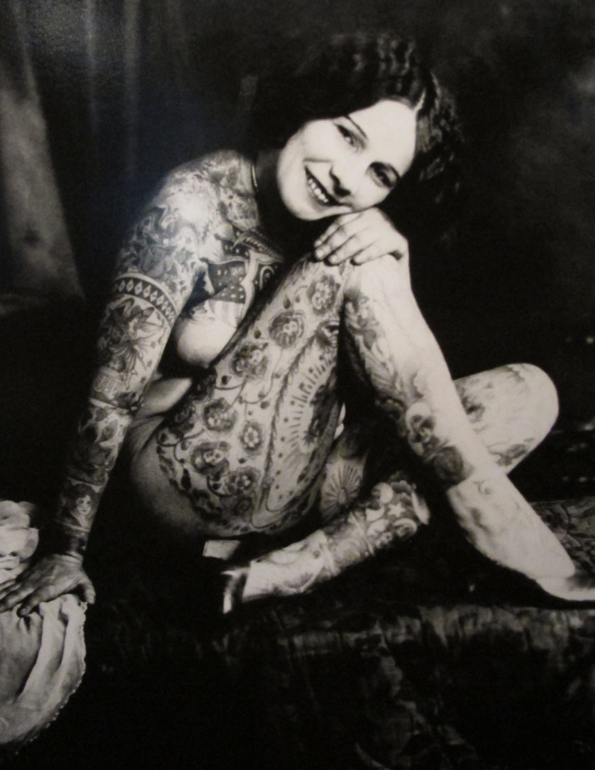 tattoo lady viola
