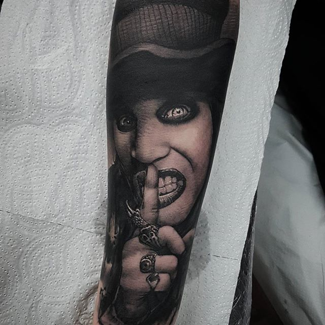 Manson Angel Lopez Sousa at The Shining Tattoo in Spain