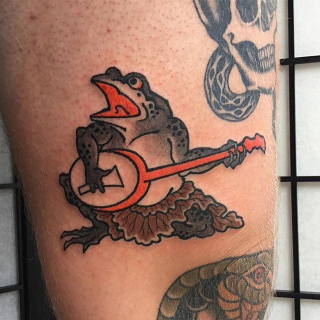 japanese frog tattoos all things tattoo. Black Bedroom Furniture Sets. Home Design Ideas