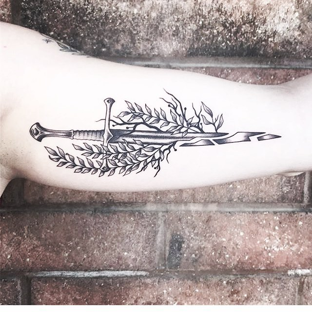 Lauren Gibler Tattooer & Permanent makeup artist at Inkeeper_s in canton OH