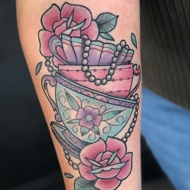 chelsea jane Tattooer at Old Towne Tattoo Parlor in Orange, Ca.